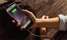 Sự thật về câu chuyện iPhone chai pin sẽ bị giảm hiệu năng